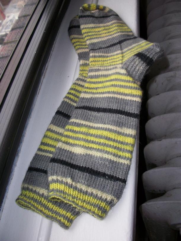 spring leaf stripes socks 1 knitting frog me knot